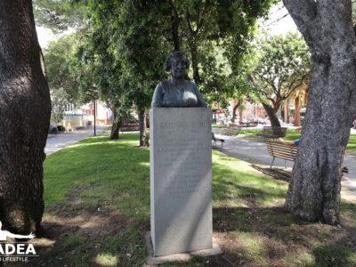 Busto di Caterina Bixio