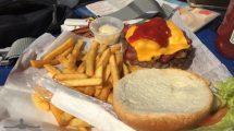 Cheeseburger, cibo americano che a me piace tanto (foto)