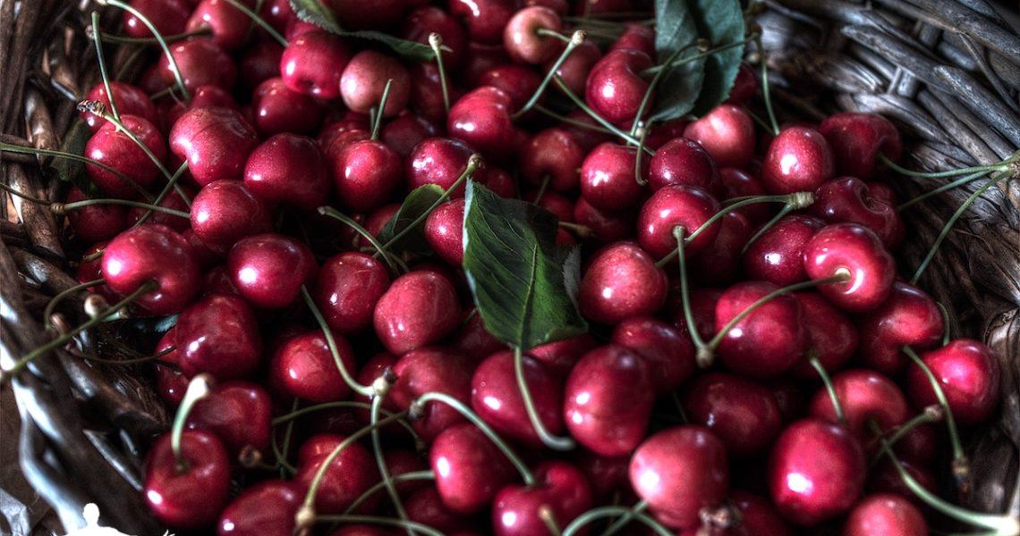 Cestino di ciliegie nostrane