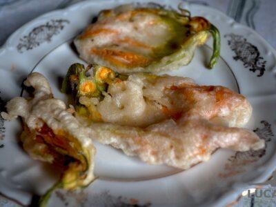 Fiori di zucchine fritti
