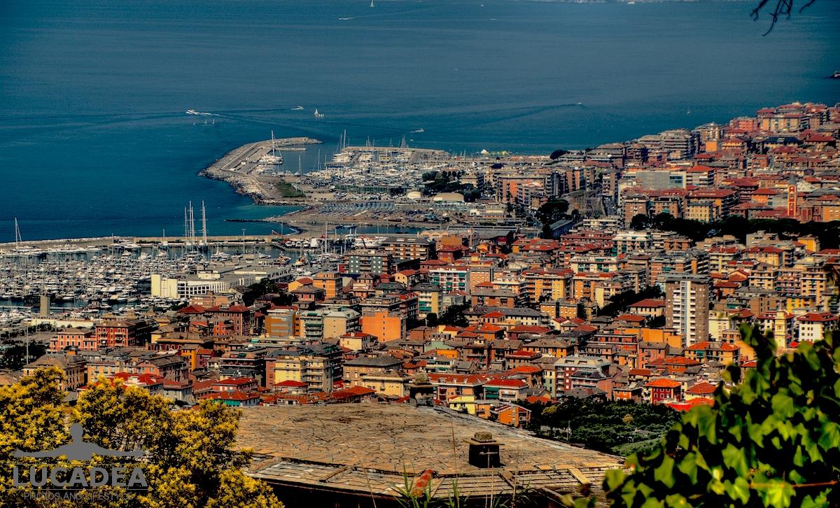 Vista di Lavagna e Chiavari da Santa Giulia