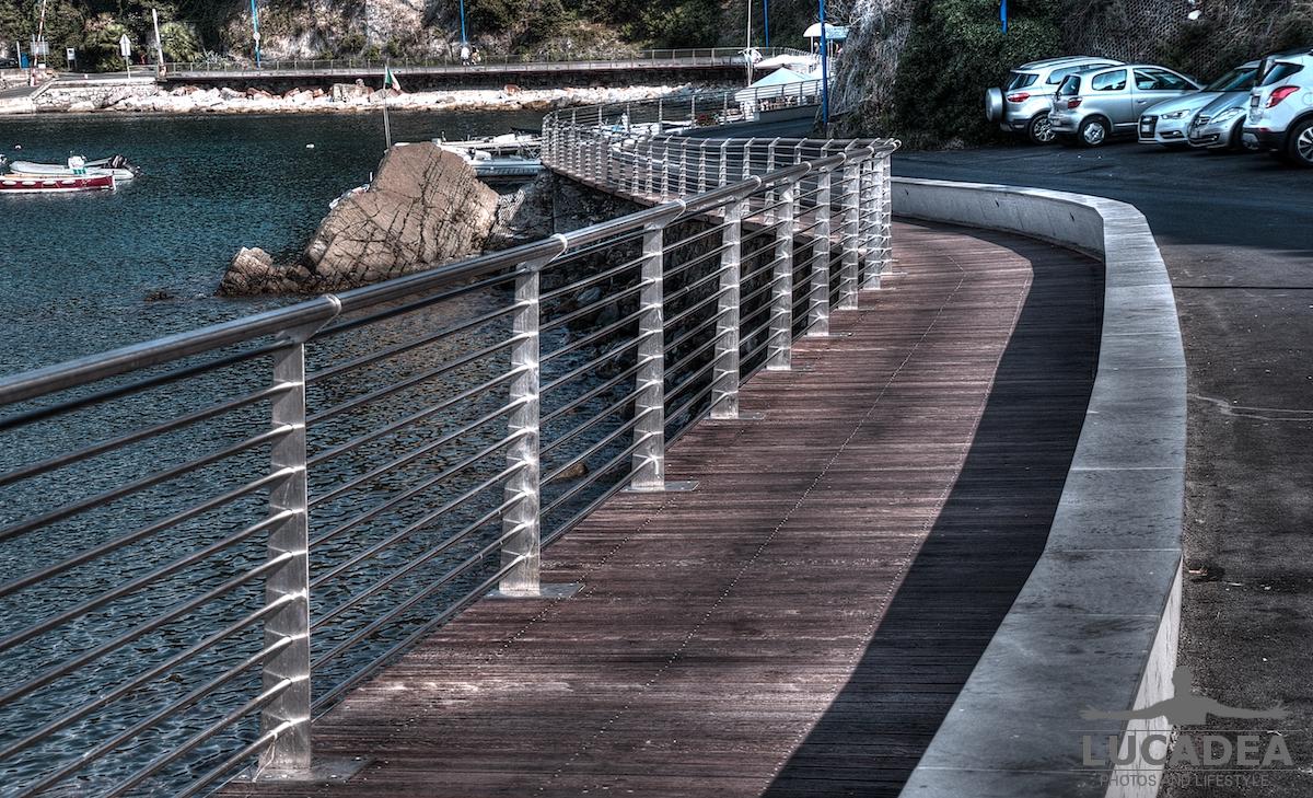 Passeggiata a mare a Sestri Levante