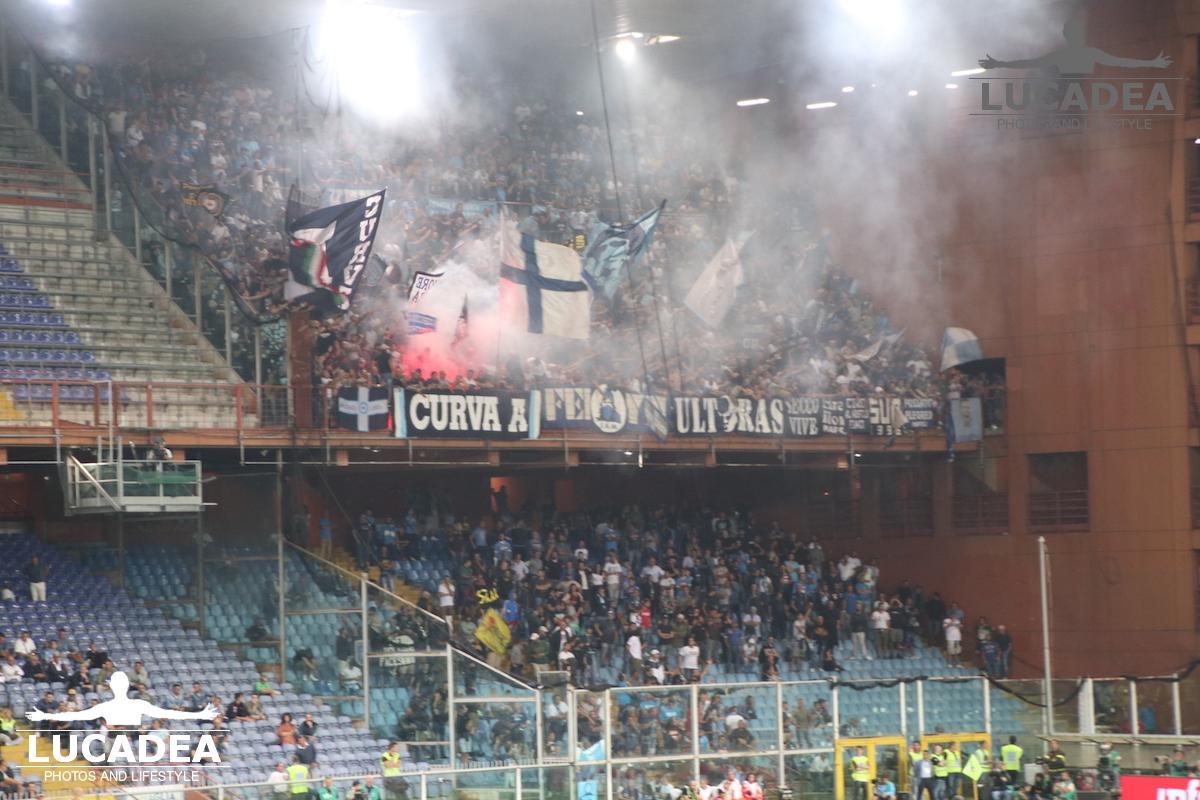 Tifosi napoletani a Genova