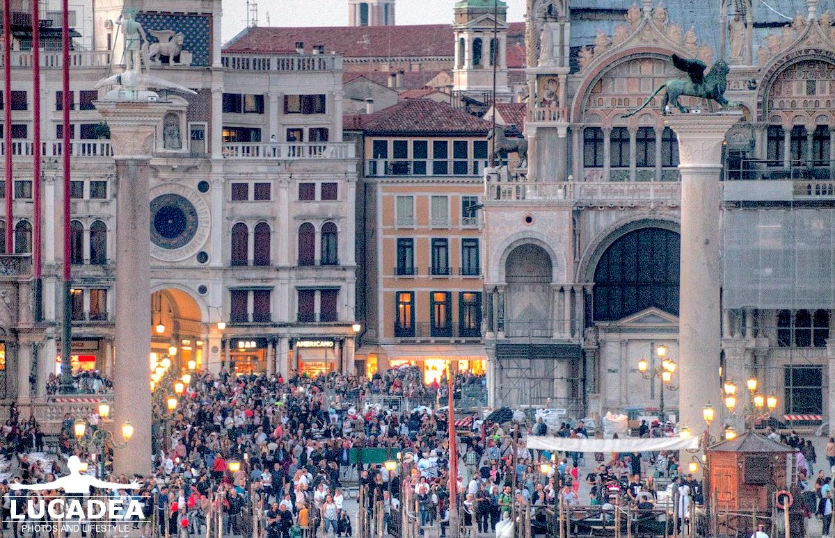 Piazza San Marco gremita