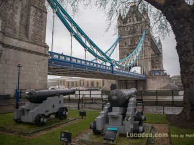 tower bridge cannoni