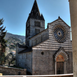 La facciata della Basilica dei Fieschi