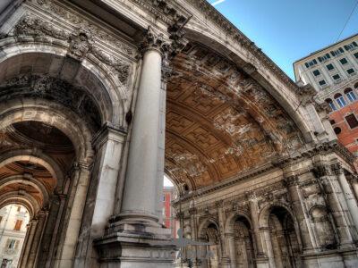 Il ponte Monumentale di Genova