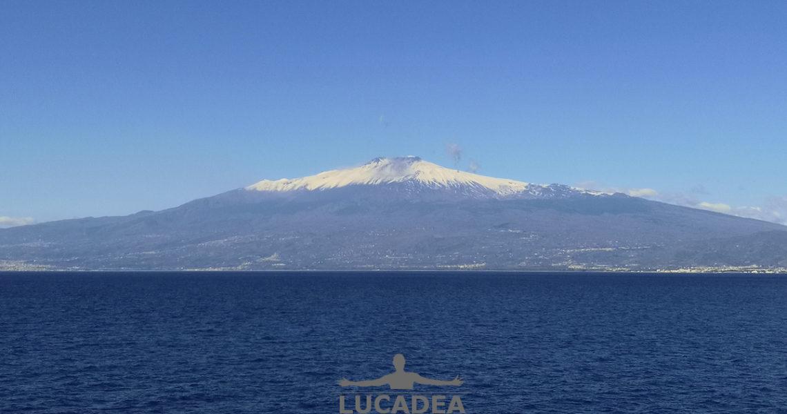 Alle falde dell'Etna