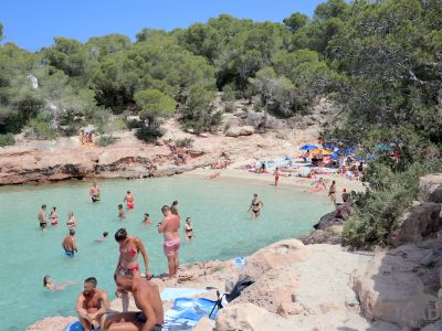 Spiagge da sogno: Cala Gracioneta ad Ibiza
