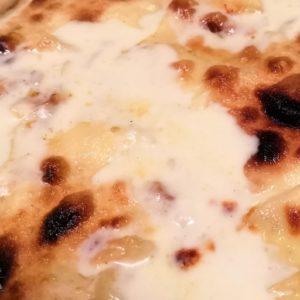 Focaccia al formaggio a Sestri Levante
