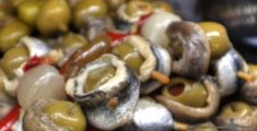 Olive e acciughe in Spagna