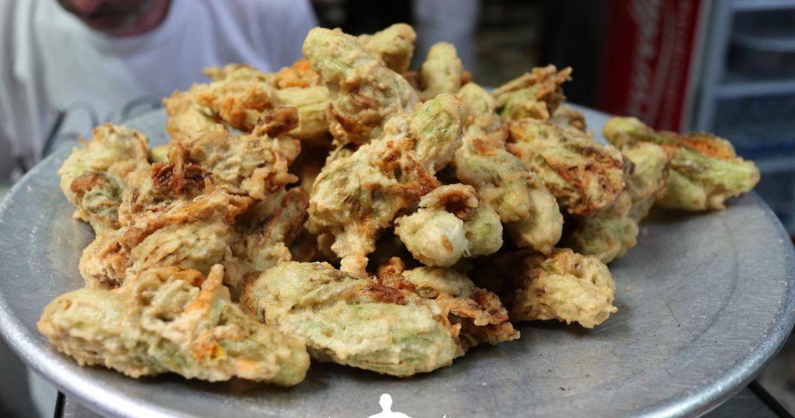 Fiori di zucca fritti a Napoli