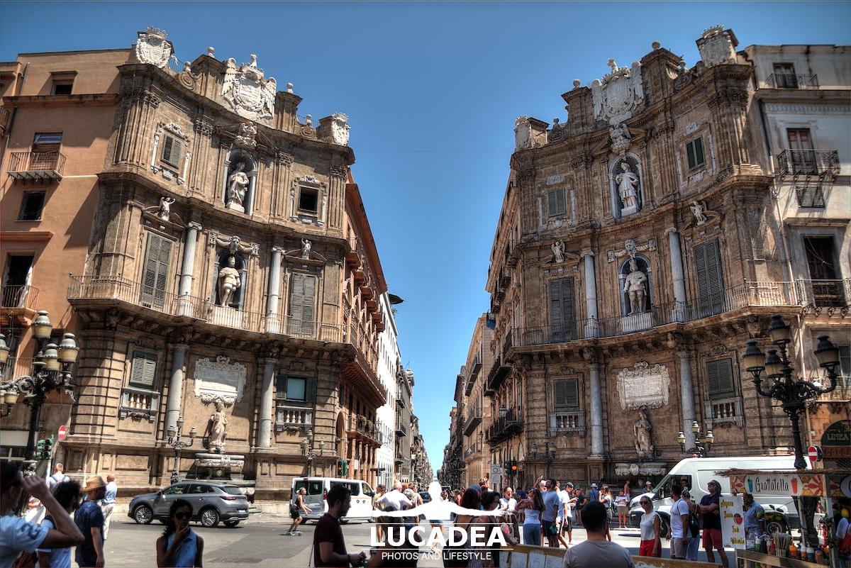 Due dei quattro canti di Palermo
