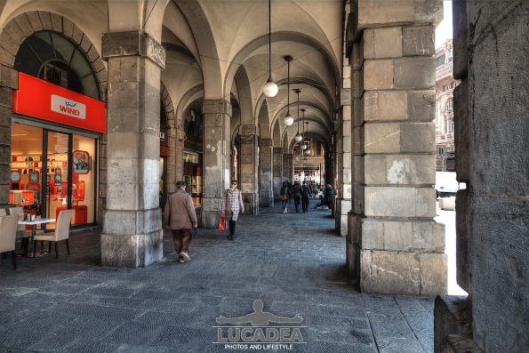 Portici a piazza De Ferrari