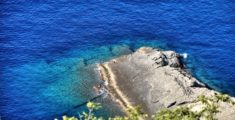 Il mare a Punta Chiappa