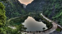 Ninh Binh: lago e grotta di Tuyet Tinh Coc
