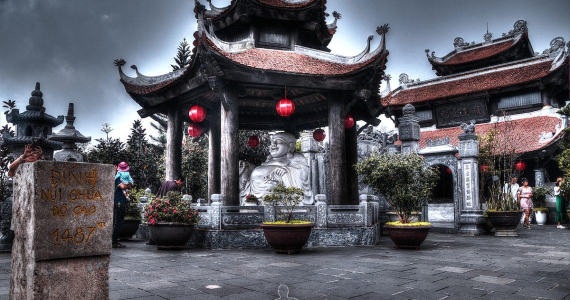 Pagoda a Ba Na Hills