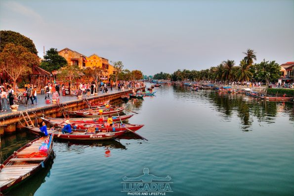 Tramonto ad Hoi An, in Vietnam