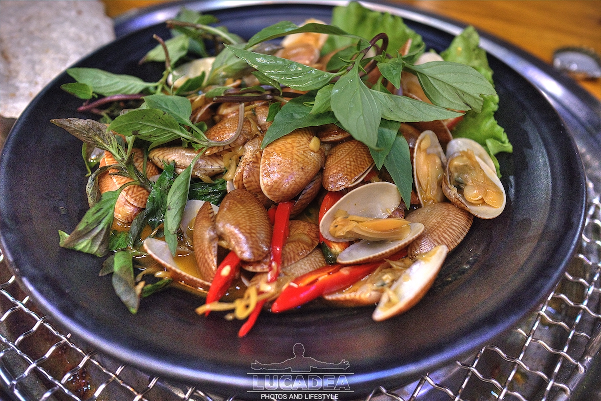 Vongole chip chip in Vietnam