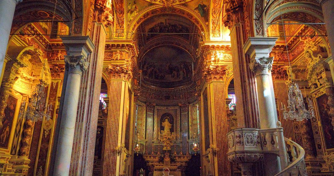 Interno della Basilica di Santo Stefano