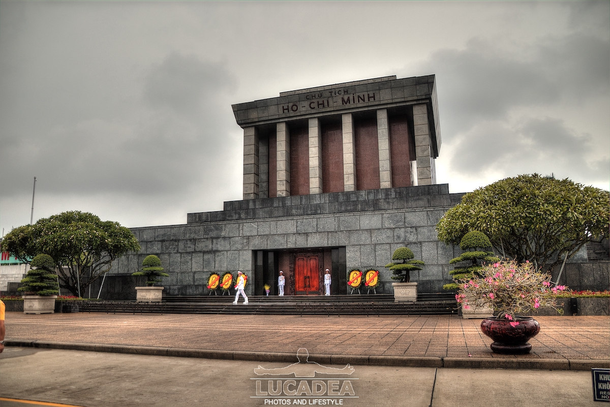 Mausoleo di Ho Chi Min ad Hanoi