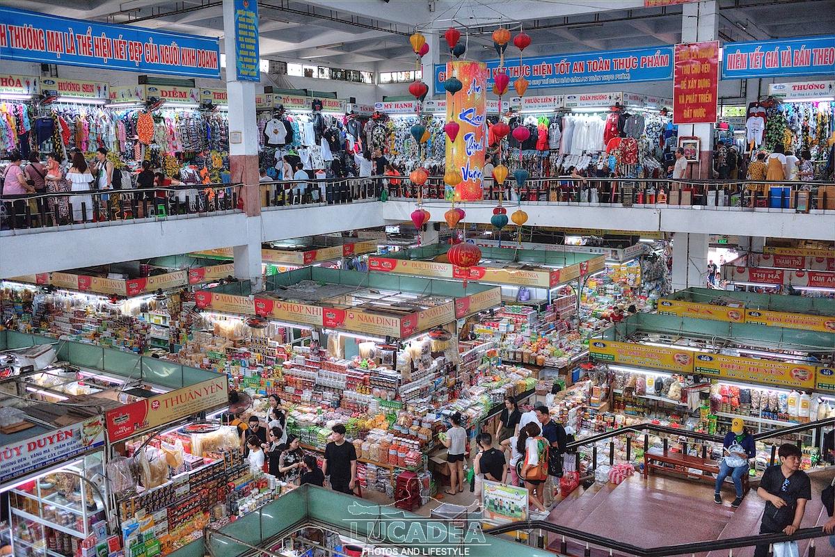 Mercato di Da Nang in Vietnam