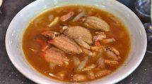 Zuppa di granchio e noodles in Vietnam