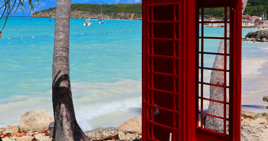 Cabina telefonica ad Antigua
