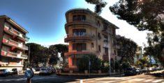 Palazzo in passeggiata a Sestri Levante