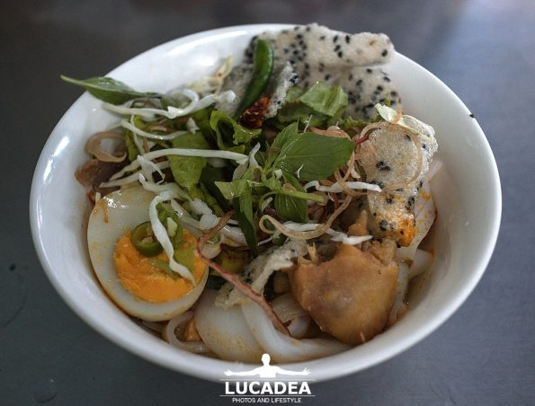 Mi quang ga: noodles di pollo in Vietnam