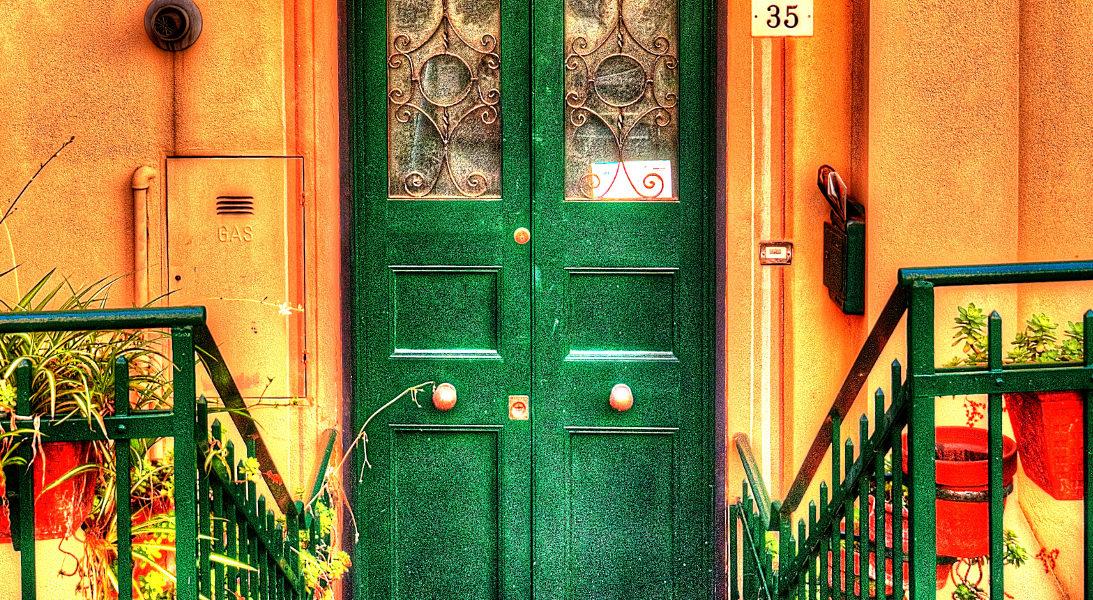 Una porta a Camogli