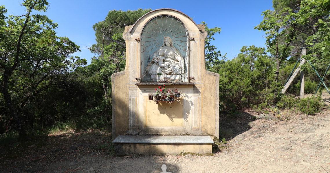 La cappella della Madonna della Neve sopra San Bartolomeo