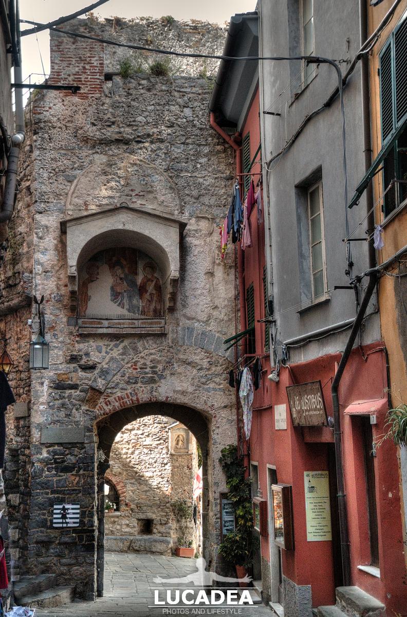 La Porta del Borgo a Portovenere