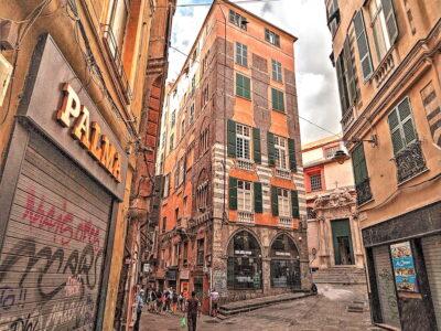 Nei vicoli di Genova