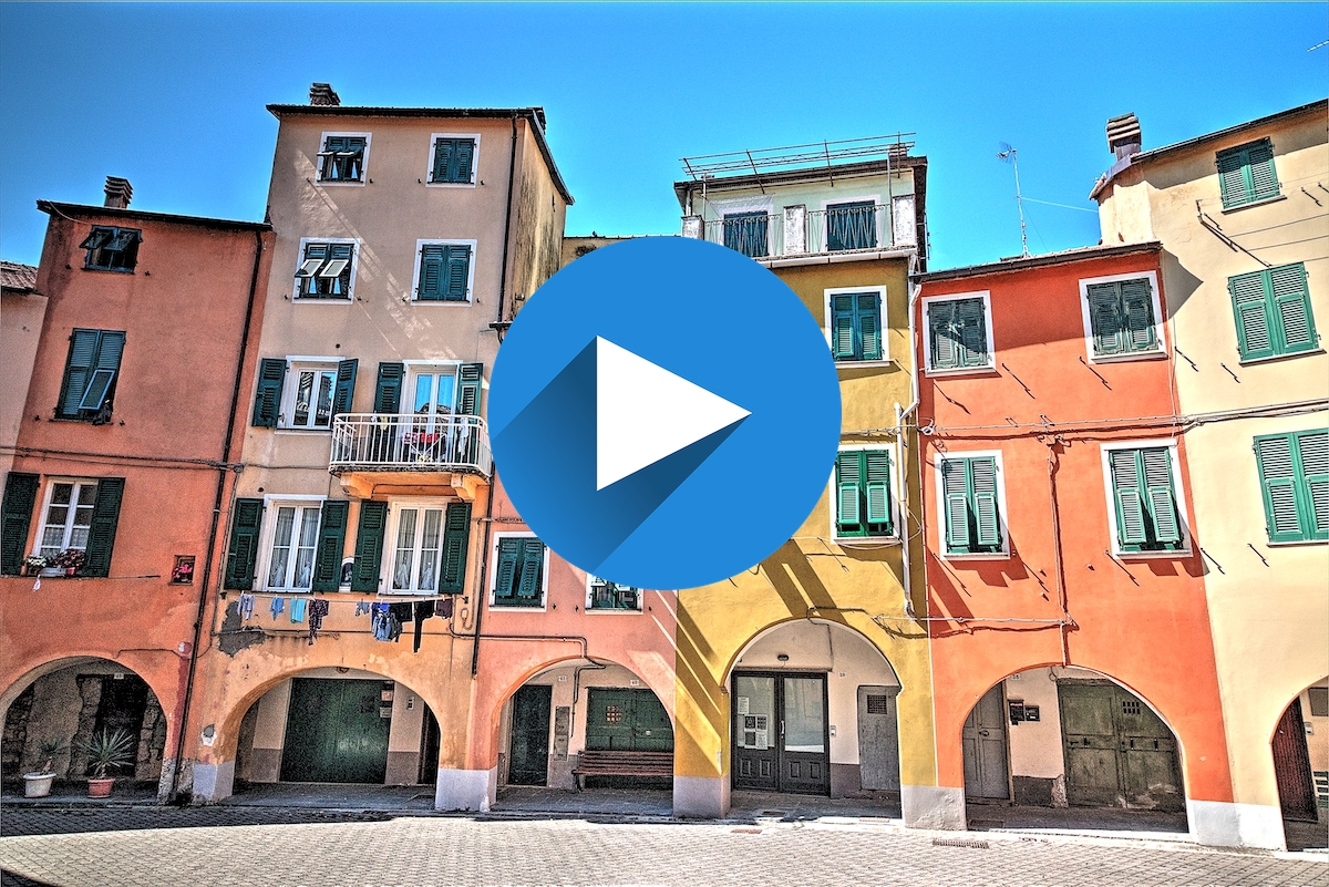 A passeggio per Varese Ligure: video in 4k del Borgorotondo