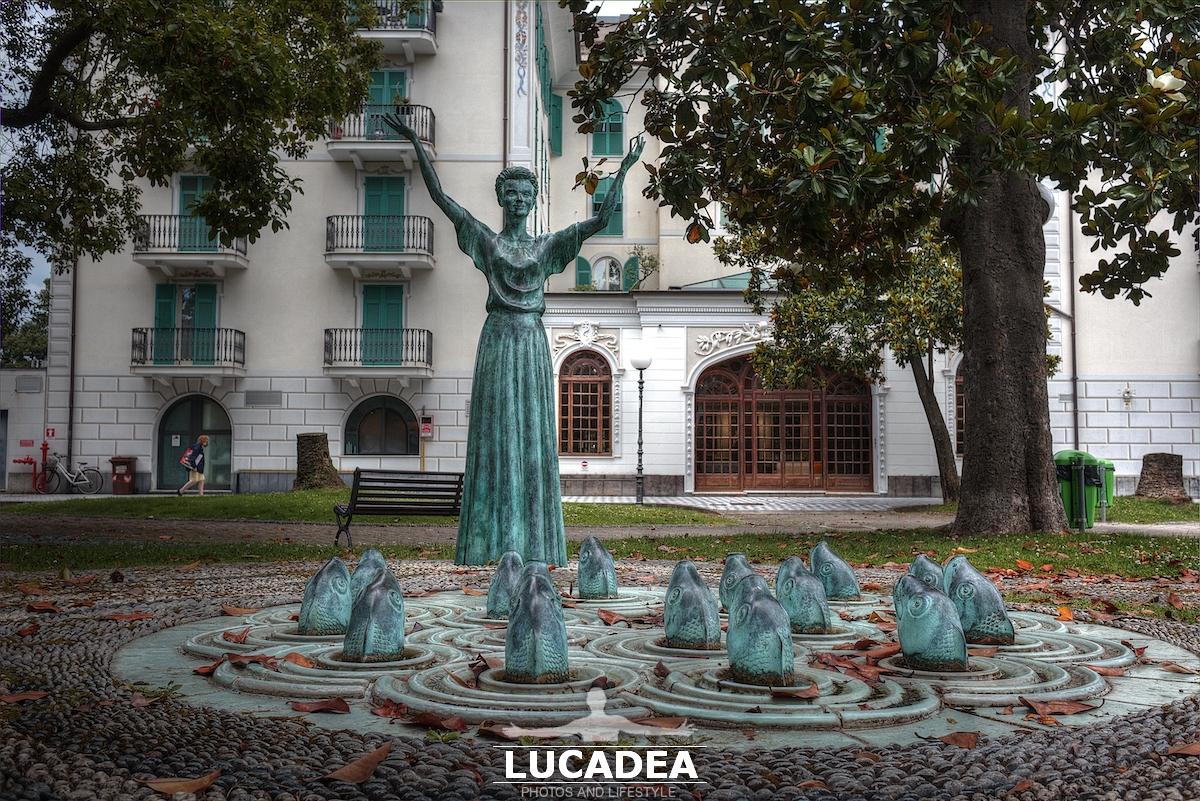 La statua di Mariele Ventre a Sestri Levante