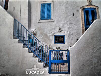 Per le vie di Ostuni in Puglia