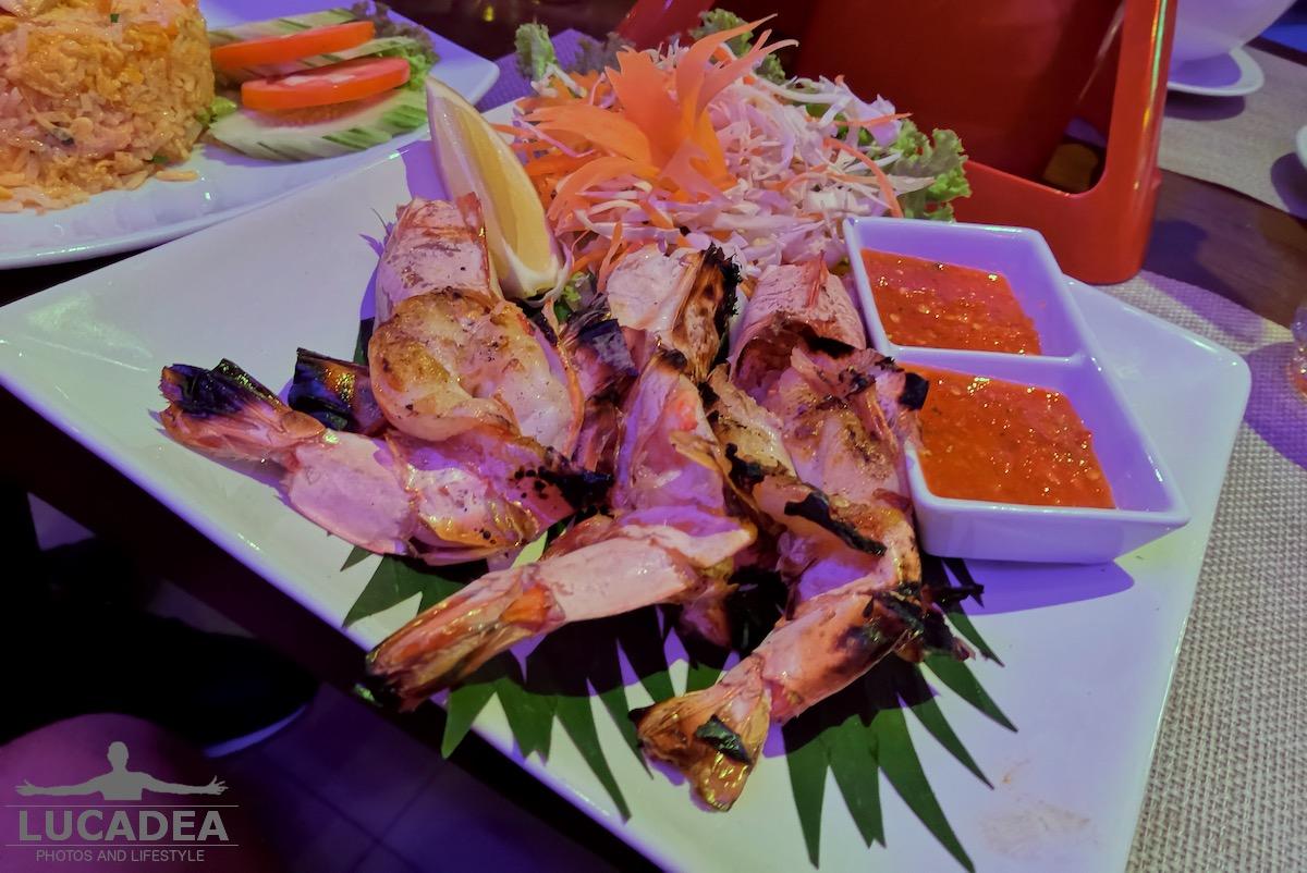 Gamberoni alla griglia in Thailandia