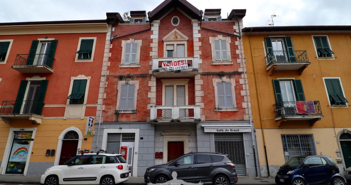 Palazzo in via Nazionale a Sestri Levante