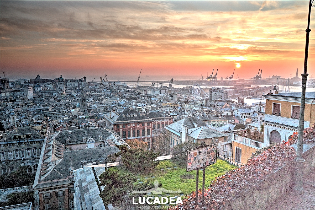 La vista dal belvedere Montaldo a Genova