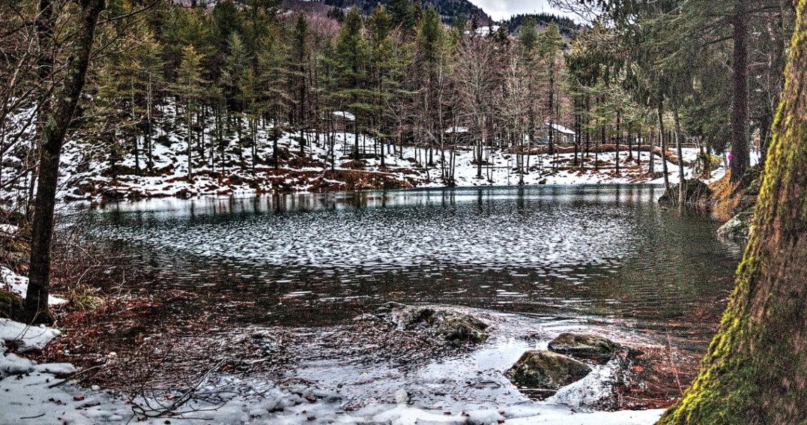 Il lago delle Lame innevato
