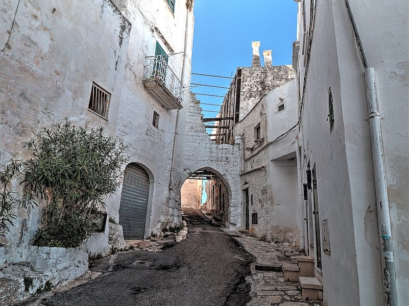 Ingresso da Porta San Demetrio ad Ostuni