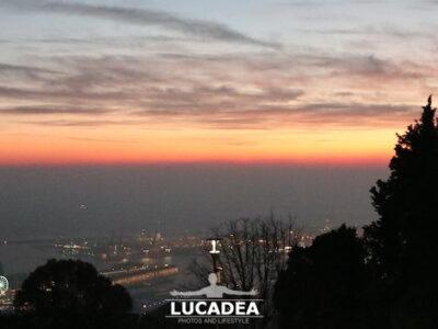 Un tramonto dal Righi a Genova