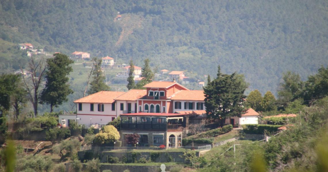 Villa Casaggiori un ottimo agriturismo visto da lontano