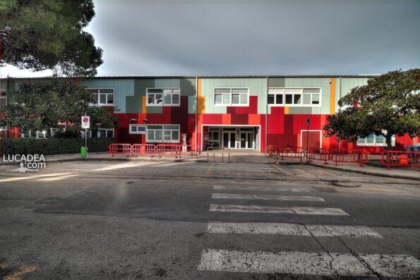 La scuola elementare di via Lombardia a Sestri Levante