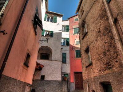 Uno scorcio di Varese Ligure borgo ligure in provincia di La Spezia