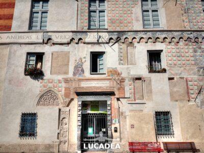 Palazzo Nazionale in piazza del Tribunale a Finalborgo