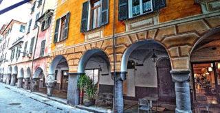 I portici di via Rivarola a Chiavari